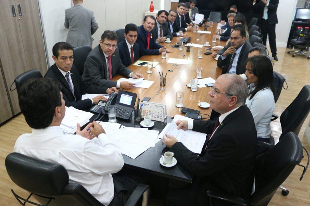 IMG 20190314 WA0165 1024x682 - Hildo Rocha reúne bancada federal com Ministro da Saúde e garante R$ 130 milhões para saúde do MA - minuto barra