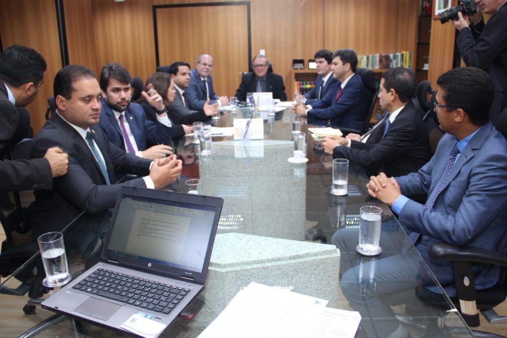 IMG 20190329 WA0048 1024x682 - Hildo Rocha se encontra com Ministro da Educação e pede implantação da UFMA em Barra do Corda - minuto barra