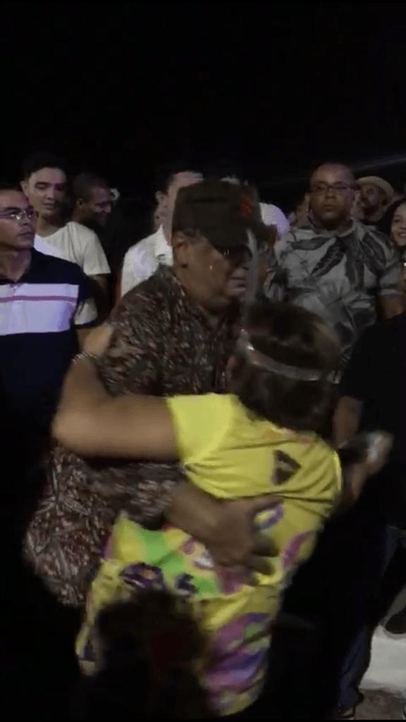 """Screenshot 20190304 134745 576x1024 - VEJA AQUI: Governador Flávio Dino """"se solta"""" no carnaval em São Luís - minuto barra"""