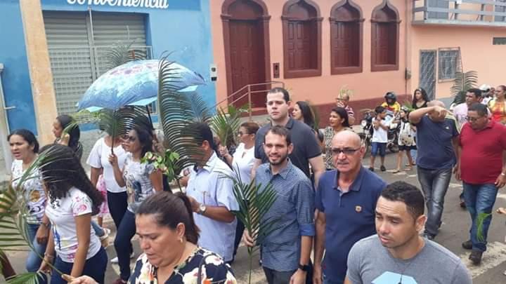 FB IMG 1555276522027 - Dr Adriano Brandes visita feira da altamira, participa da procissão e missa de Ramos em Barra do Corda - minuto barra