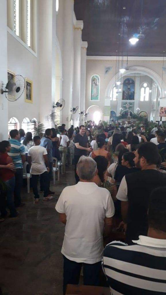 FB IMG 1555276524993 576x1024 - Dr Adriano Brandes visita feira da altamira, participa da procissão e missa de Ramos em Barra do Corda - minuto barra