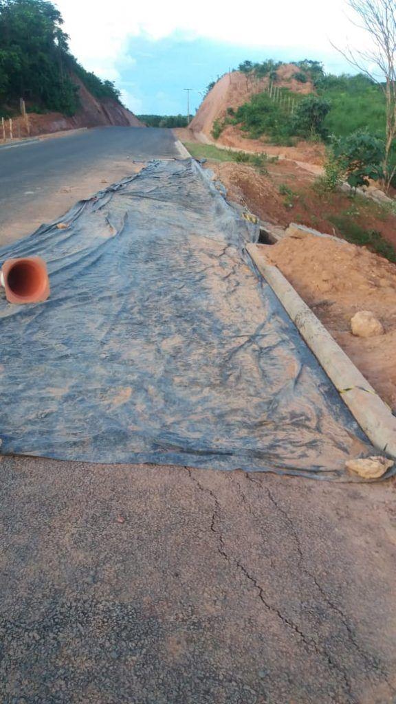 IMG 20190402 WA0072 576x1024 - MA-012 recém-asfaltada por Flávio Dino começa a se desmanchar entre Barra do Corda e São Raimundo Doca Bezerra - minuto barra