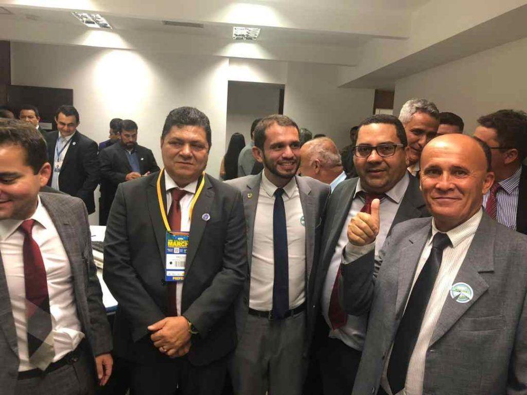 IMG 20190410 WA0366 1024x768 - Prefeito Moisés Ventura é recebido em Brasília pelo deputado Pedro Lucas e em seguida por Davi Alcolumbre, presidente do senado - minuto barra