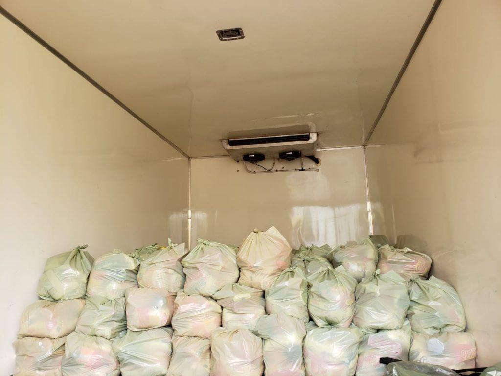 IMG 20190418 WA0150 1024x768 - Prefeito Moisés Ventura entrega centenas de cestas básicas para famílias em Jenipapo dos Vieiras - minuto barra
