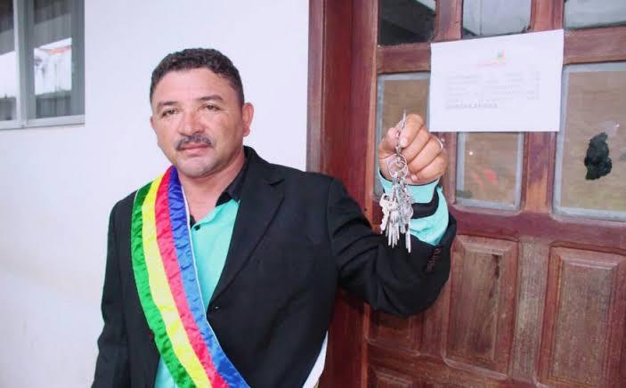 images 1 2 - A pedido do promotor Fábio Santos, juiz decreta a perda do mandato do prefeito de São João do Caru - minuto barra