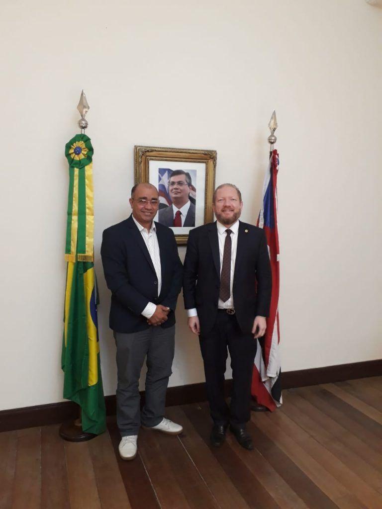 IMG 20190517 WA0004 768x1024 - Gil Lopes é recebido no Palácio dos Leões pelo governador interino Othelino Neto - minuto barra