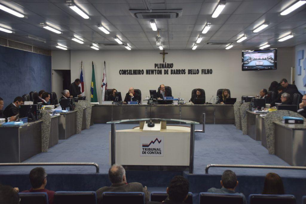 Plenario TCE MA 1024x683 1024x683 - TCE/MA emite parecer pela aprovação das contas de gestão do prefeito Eric Costa referente ao ano 2013 - minuto barra