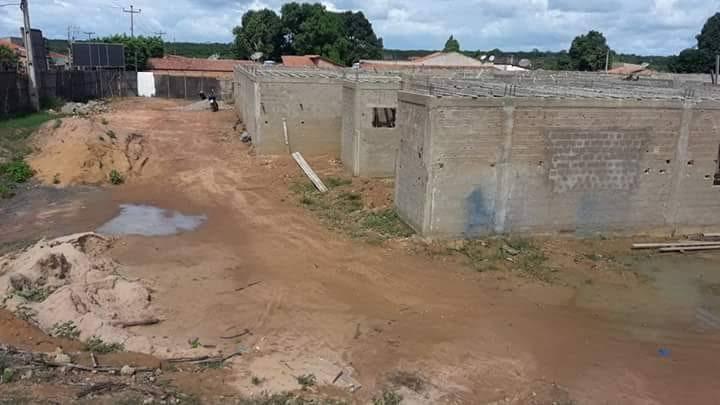 images 10 1 - Com obra paralisada, Flávio Dino evita comentar construção do hospital de 50 leitos em Barra do Corda - minuto barra