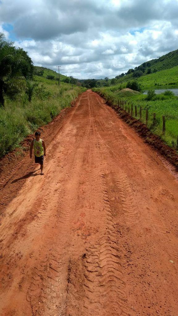 IMG 20190607 WA0078 576x1024 - Prefeito Moisés Ventura intensifica recuperação de estradas em Jenipapo dos Vieiras - minuto barra