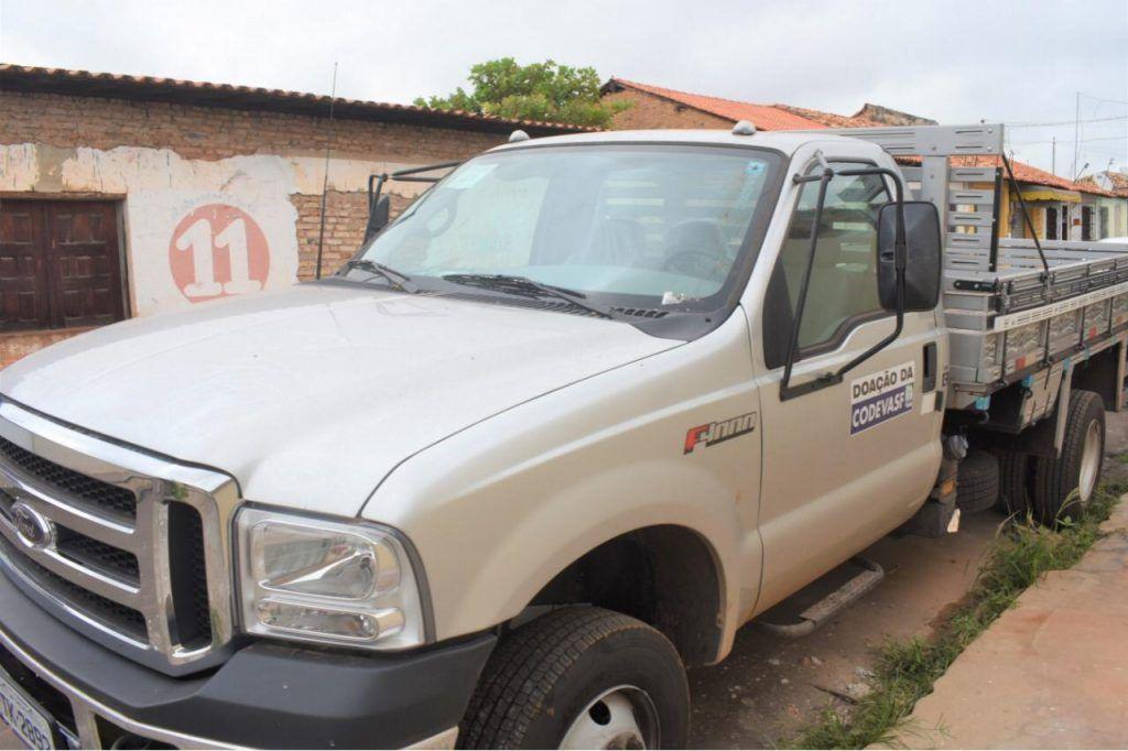 IMG 20190611 WA0005 1024x682 - Hildo Rocha leva benefícios para produtores rurais de São Domingos - minuto barra