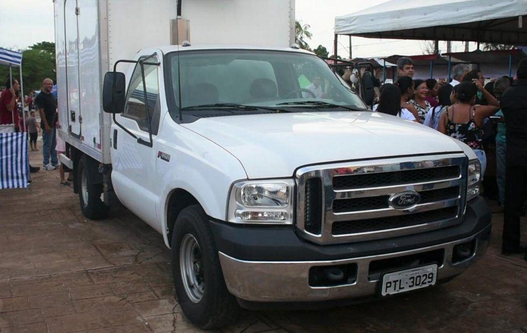 IMG 20190617 WA0018 1024x647 - Ribamarenses recebem caminhão frigorífico e barracas padronizadas viabilizadas por emenda de Hildo Rocha - minuto barra