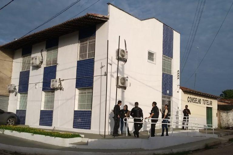 gaeco 233 768x512 - URGENTE!! Vereadores são presos após pedirem propina para arquivar CPI no Maranhão - minuto barra