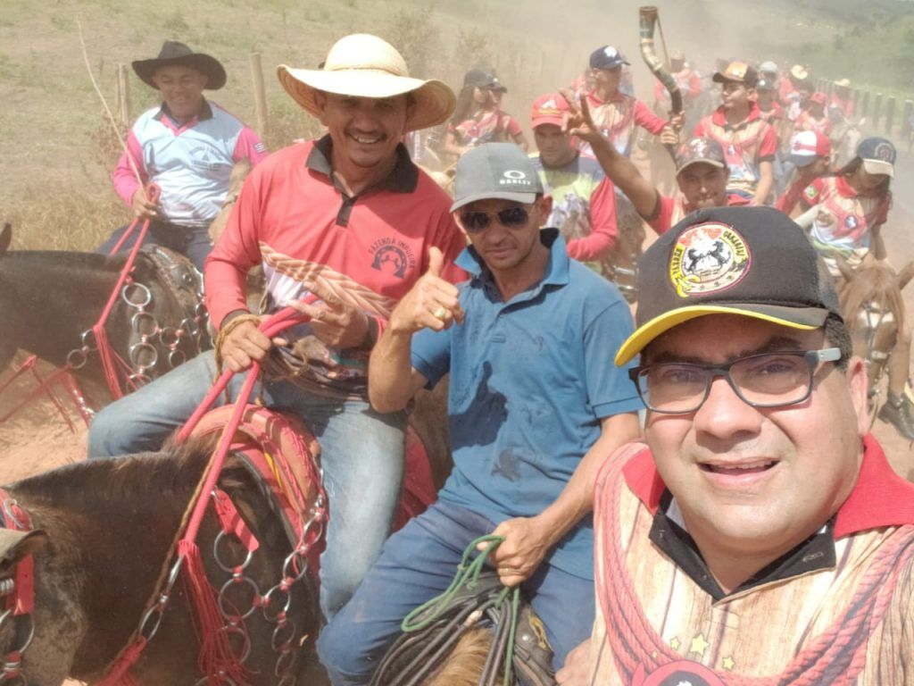 IMG 20190707 WA0067 1024x768 - Prefeito Moisés Ventura prestigia grande cavalgada em Jenipapo dos Vieiras - minuto barra