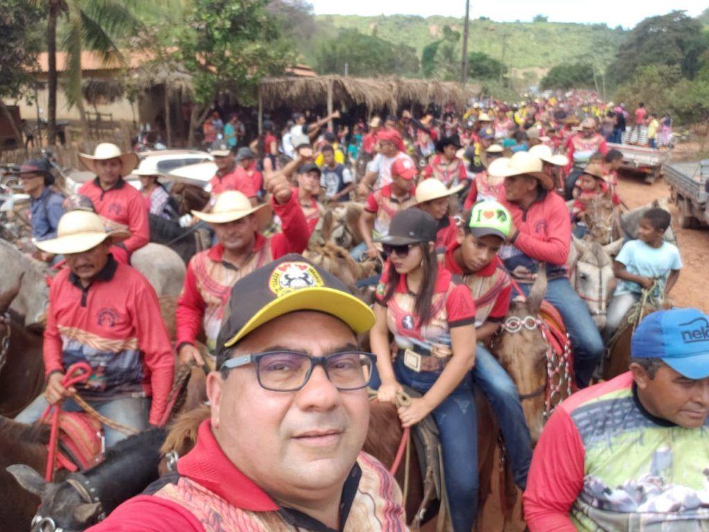 IMG 20190707 WA0079 1024x768 - Prefeito Moisés Ventura prestigia grande cavalgada em Jenipapo dos Vieiras - minuto barra
