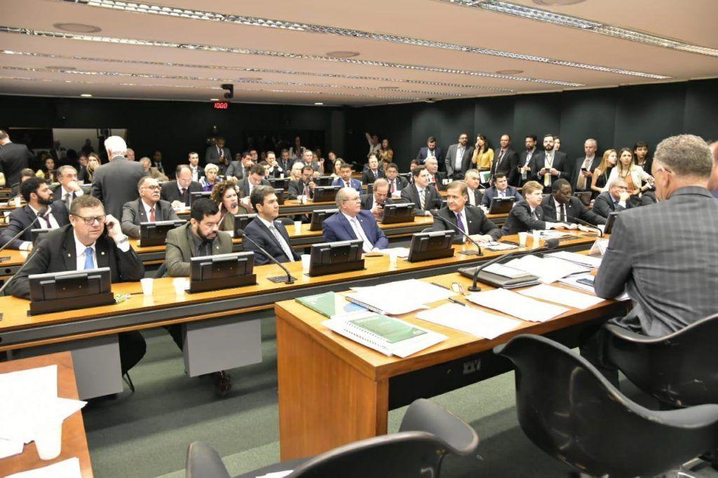 AST • CLA • APROVAÇÃO DO RELATÓRIO • 21 08 2019 F 1 1024x682 - Bolsonaro elogia atuação de Hildo Rocha na relatoria do acordo entre Brasil e EUA para uso da base de Alcântara no MA - minuto barra