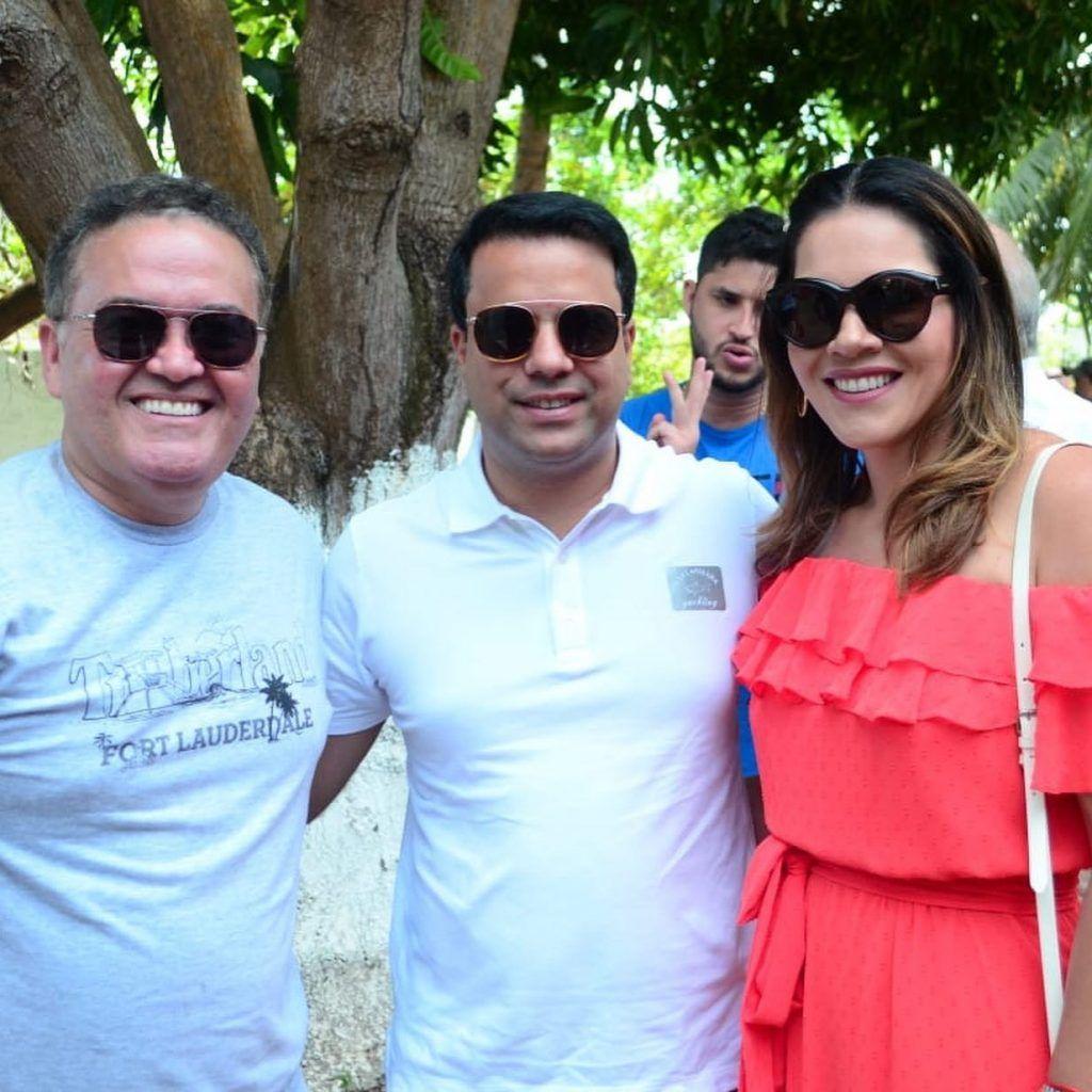 DF7D0102 DEFF 4843 A3E5 45D910A4BA82 1024x1024 - Senador Roberto Rocha comemora aniversário ao lado de familiares e amigos em São Luís - minuto barra