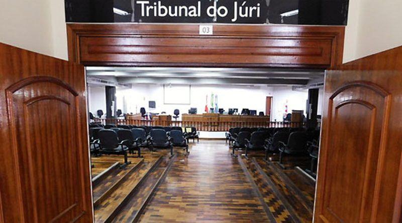 tribunal do júri de joinville 800x445 - Homem acusado de matar esposa atropelada é condenado a 14 anos de prisão - minuto barra