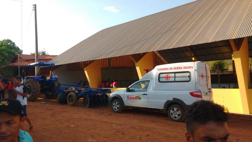 23 1024x576 - Prefeito Janes Clei inaugura quadra de esporte, entrega trator e ambulância em Formosa da Serra Negra - minuto barra