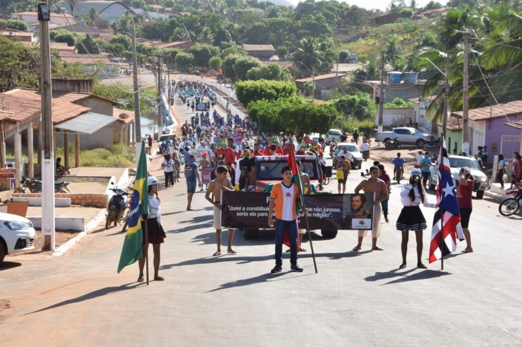 3 1024x682 - Prefeito Moisés Ventura prestigia desfile do 7 de setembro em Jenipapo dos Vieiras - minuto barra