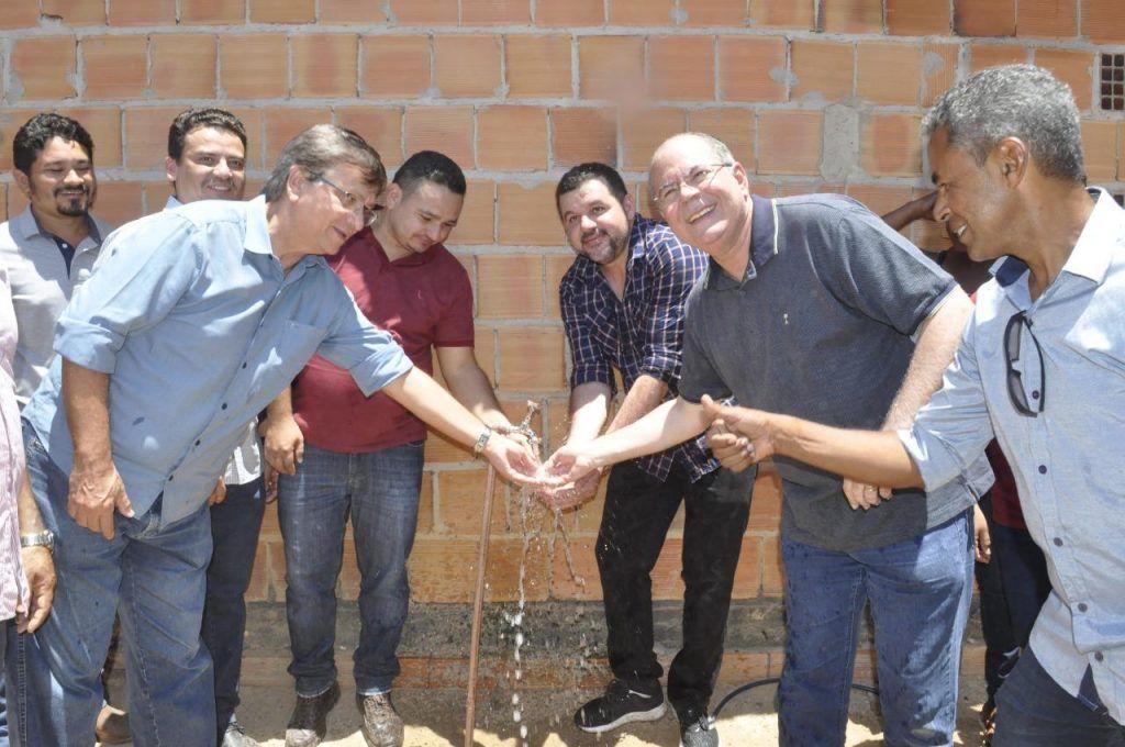hildo rocha inaugura sistema de abastecimento de agua em buritirana 3 1024x680 - Hildo Rocha inaugura sistema de abastecimento de água em Buritirana - minuto barra