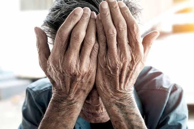 em barra do corda idosa de 71 anos reclama que seu filho lhe agride todos os dias e ate sua perna ele ja quebrou - Em Barra do Corda, idosa de 71 anos reclama que seu filho lhe agride todos os dias e até sua perna ele já quebrou - minuto barra