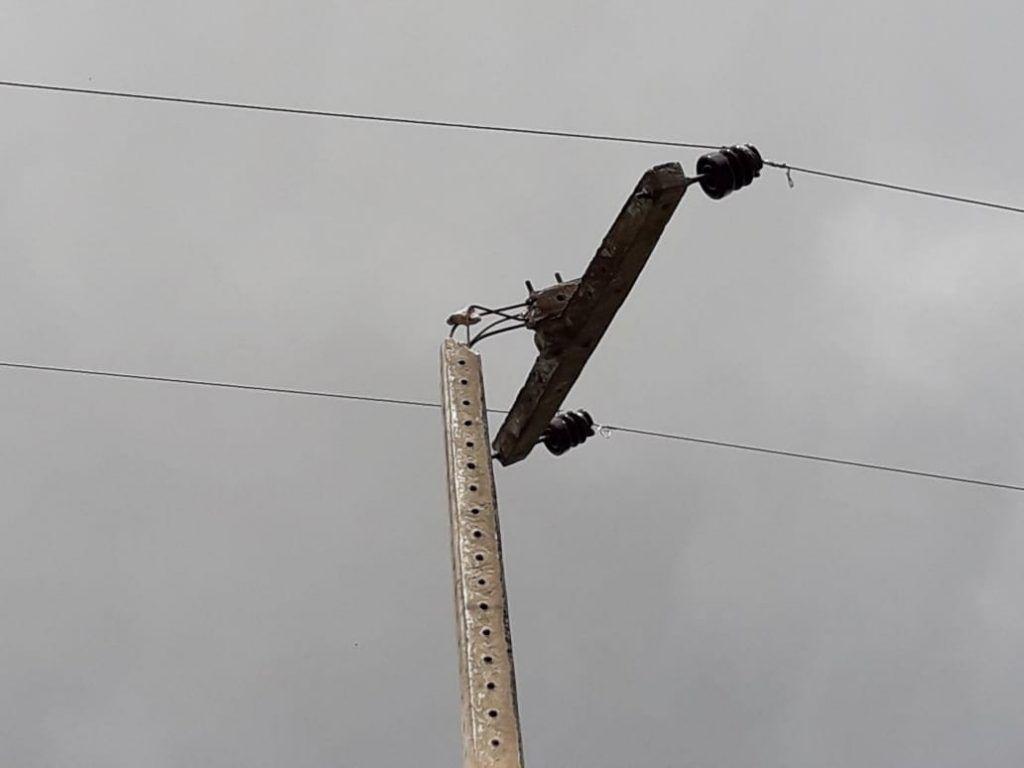 alo equatorial energia moradores do povoado lagoa nova em barra do corda encontram se em perigo ha mais de um mes devido um poste com rede de alta tensao quebrado 1024x768 - Alô Equatorial Energia!! Moradores do Povoado Lagoa Nova em Barra do Corda encontram-se em perigo há mais de um mês devido um poste com rede de alta tensão quebrado