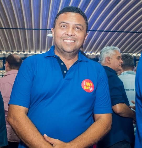 2 - ALÔ MP!! Prefeito de Itaipava do Grajaú continua contratando pessoas sem concurso público, isso é crime de improbidade e gera perda de mandato - minuto barra