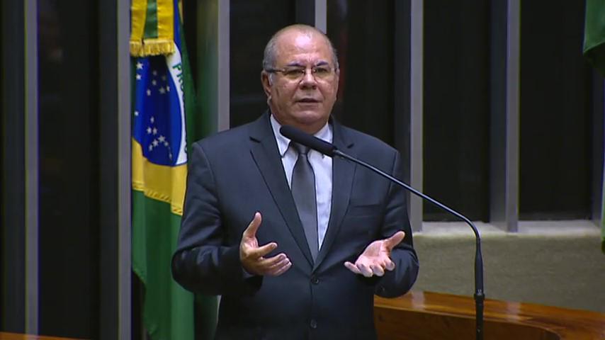 preocupado hildo rocha diz que o combate a violencia contra mulher deve ser prioridade - Preocupado, Hildo Rocha diz que o combate à violência contra mulher deve ser prioridade - minuto barra
