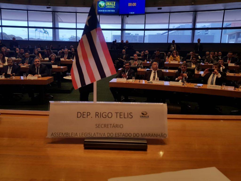 rigo teles toma posso como secretaria na nova mesa diretora da unale em brasilia 4 1024x768 - Rigo Teles toma posse como secretário na nova mesa diretora da UNALE em Brasília - minuto barra