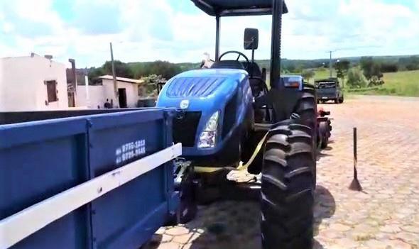3 - Hildo Rocha entrega patrulha mecanizada para agricultores de Amarante - minuto barra