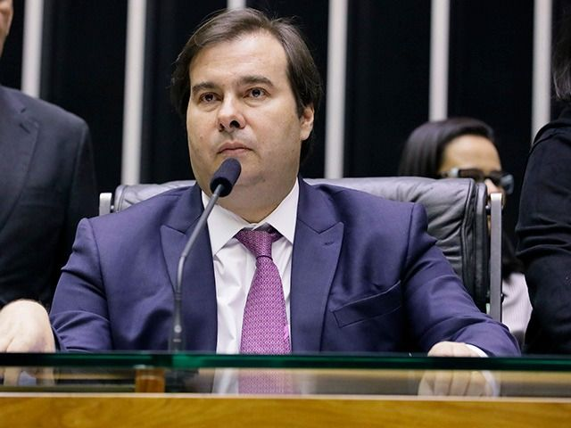 ELEIÇÕES: 1º e 2º turno devem ocorrer nas datas 15 de novembro e 6 de dezembro, diz Rodrigo Maia
