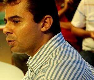 Faltando um mês para as convenções, prefeito Eric Costa caminha sem apontar o candidato oficial em Barra do Corda