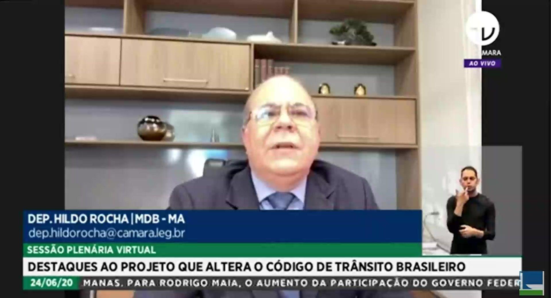 Proposta de Bolsonaro para ampliar prazo de validade da CNH contou com o voto de Hildo Rocha