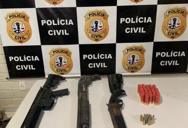 """Polícias Civil, Militar e CTA encontram em Tuntum armamento e """"Miguelito"""" que seriam usados durante assalto à banco em Formosa da Serra Negra"""