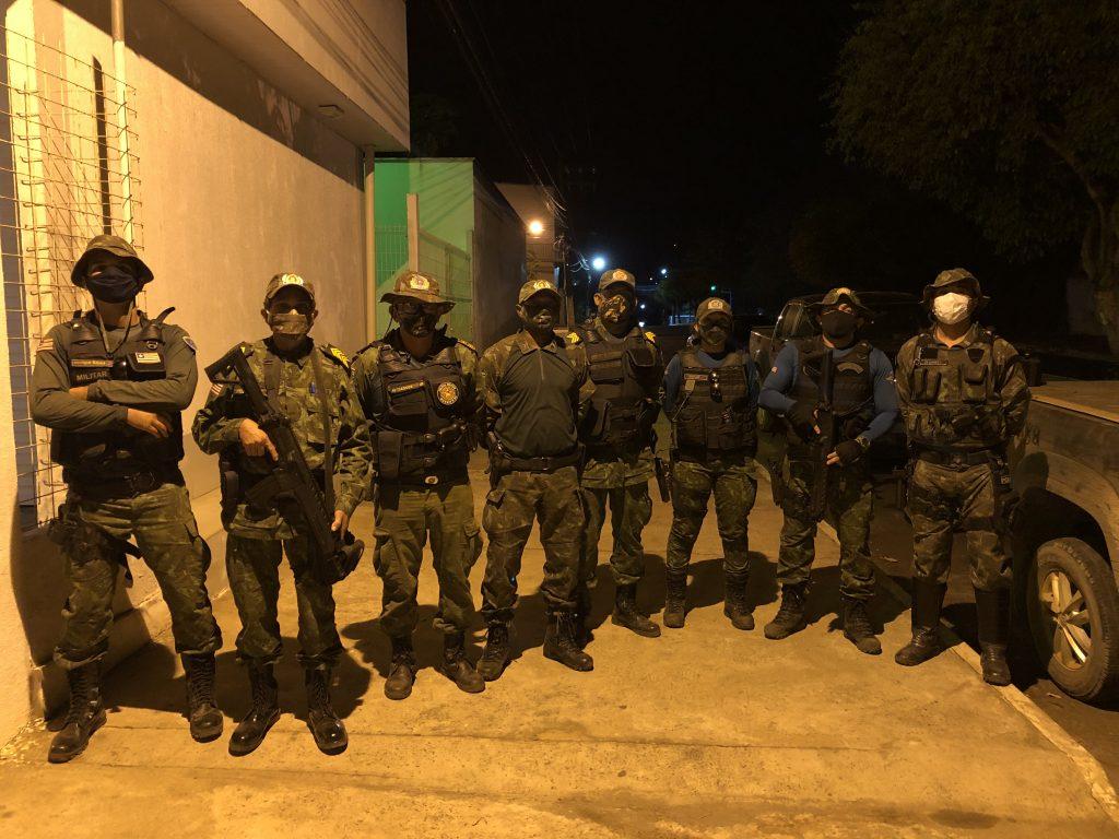 policia ambiental do maranhao prende quatro pessoas em fernando falcao em posse de um arsenal de armas de grosso calibre 1 1024x768 - Polícia Ambiental do Maranhão prende quatro pessoas em Fernando Falcão em posse de um arsenal de armas de grosso calibre