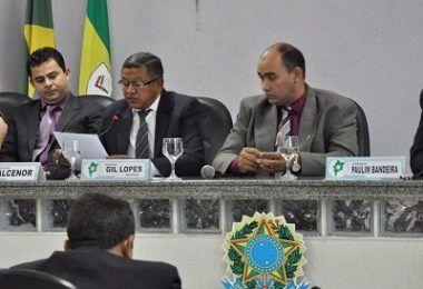 BATATA QUENTE: Uma vereadora e um filho de vereador rejeitam convites para serem vice de Gil Lopes em Barra do Corda