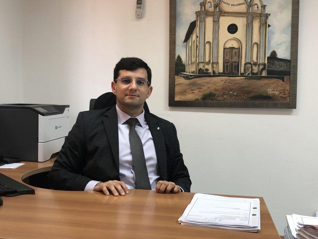 Devido agravamento da pandemia, juiz Queiroga Filho suspende pelos próximos 30 dias o atendimento ao público no Fórum de Barra do Corda