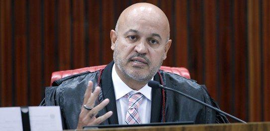 Procurador Eleitoral em Brasília pede ao TSE para considerar prefeito eleito de Sucupira do Norte inelegível