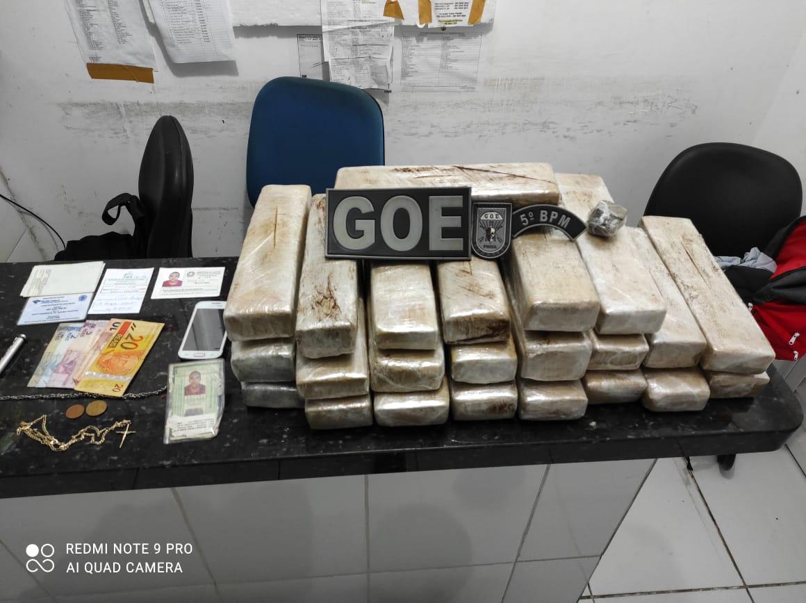 Polícia Militar prende em Barra do Corda homem com 21 tabletes de maconha prensada