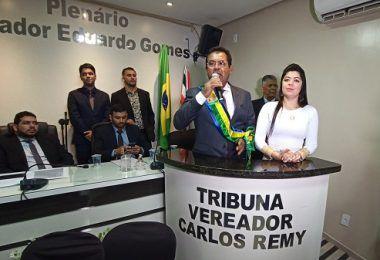 Prefeito Raimundo da Audiolar nomeia filho, esposa, cunhada, concunhada e genro em primeiro ato de governo em Presidente Dutra