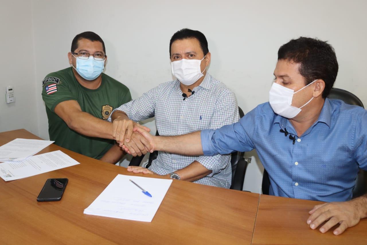 Prefeito Rigo Teles doa terreno para construção da nova Unidade Prisional de Barra do Corda
