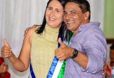 Raimunda do Josemar tomou posse no cargo de prefeita em Fernando Falcão