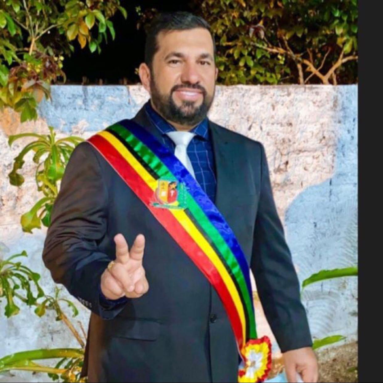 Séliton Miranda foi empossado para o segundo mandato de prefeito em São Raimundo do Doca Bezerra