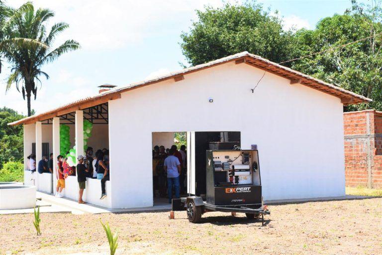 10 - Deputado Hildo Rocha inaugura Fábrica de Farinha administrada por mulheres da comunidade Leite