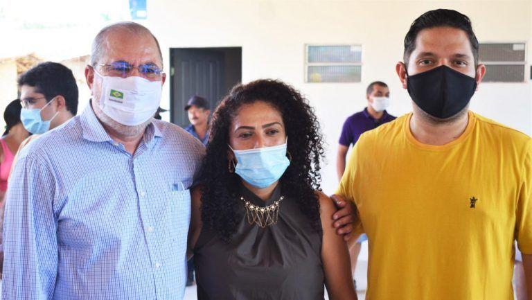 12 - Deputado Hildo Rocha inaugura Fábrica de Farinha administrada por mulheres da comunidade Leite