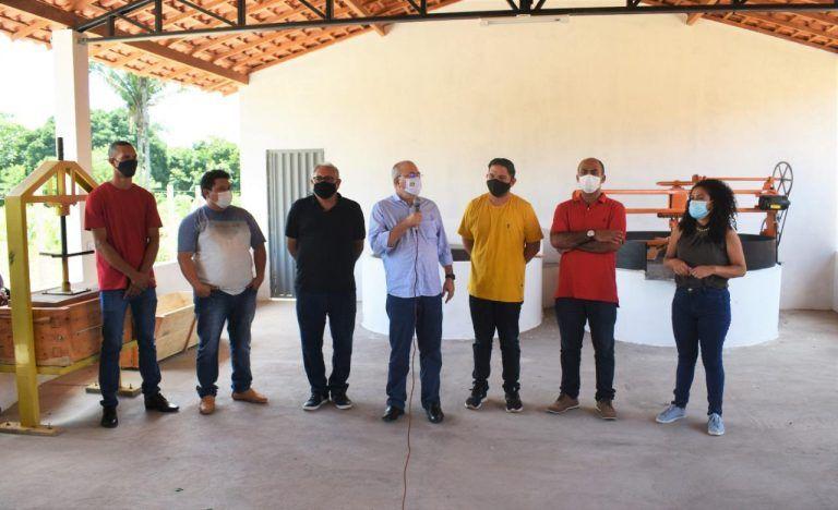 13 - Deputado Hildo Rocha inaugura Fábrica de Farinha administrada por mulheres da comunidade Leite
