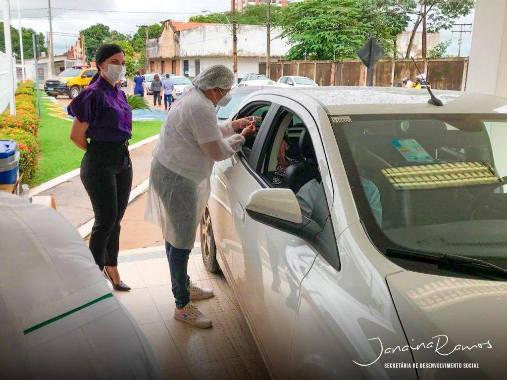 prefeitura de imperatriz realiza vacinacao drive thru em idosos acima de 90 anos 1024x768 - Prefeitura de Imperatriz realiza vacinação drive-thru em idosos acima de 90 anos