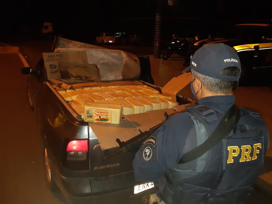PRF apreende 700kg de queijo transportados de forma irregular na Br-316 em Caxias, no Maranhão