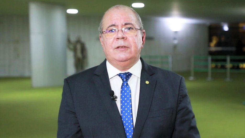 Hildo Rocha comemora promulgação da emenda constitucional que garante volta do auxílio emergencial