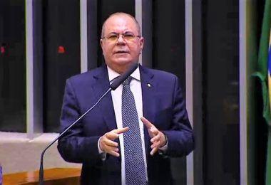 Hildo Rocha pede ajuda do governo federal para abastecer o Maranhão de oxigênio